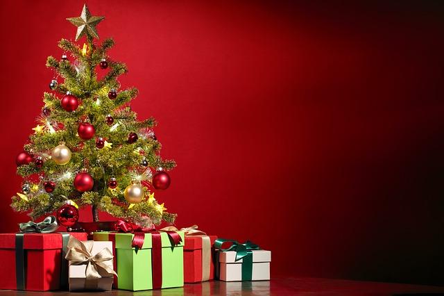 christmas-1869902_640.jpg