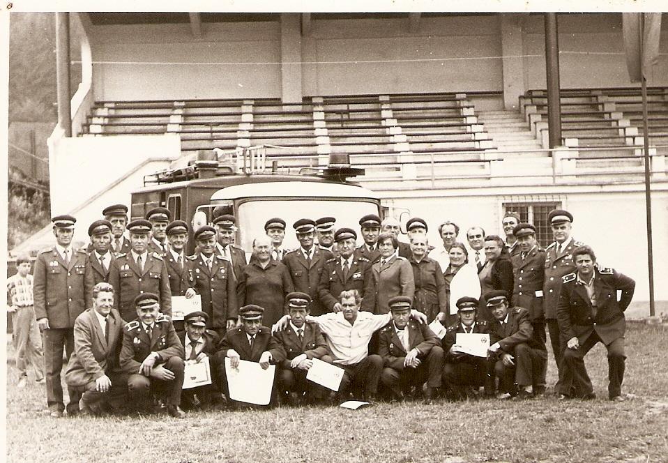 Kysucký Lieskovec - tribuna, ihrisko