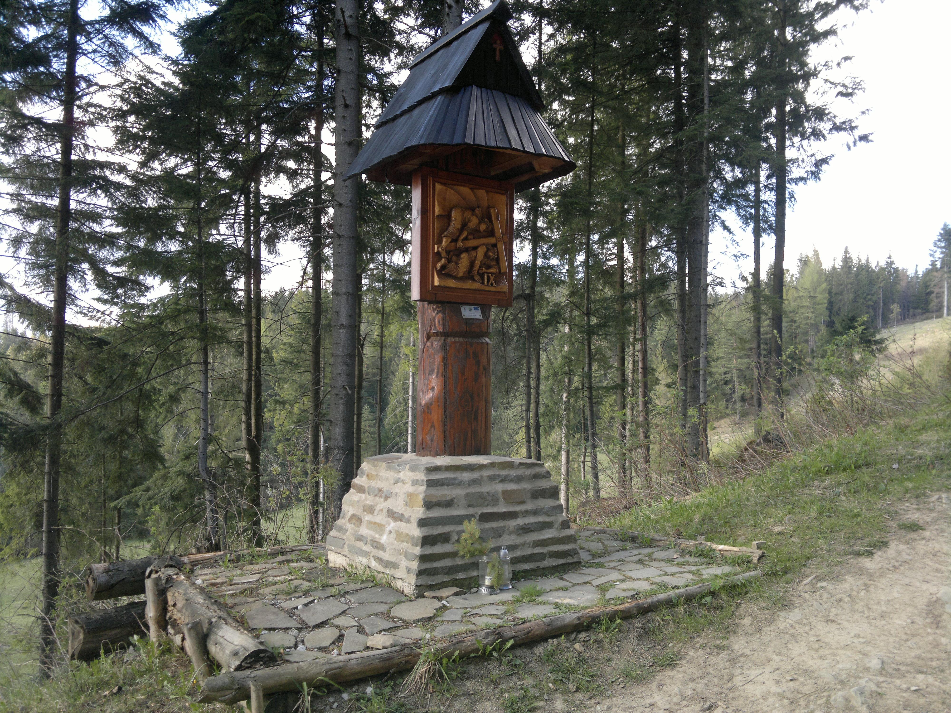 Kaplnka a krížová cesta 2019
